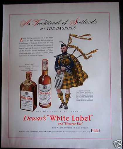 Dewar's White Label Whisky Scotland Bagpipes (1946)