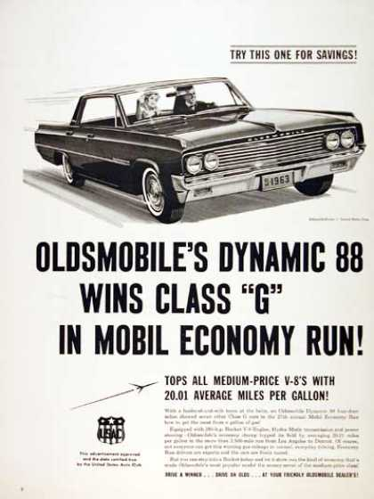 Oldsmobile Dynamic 88 Sedan (1963)