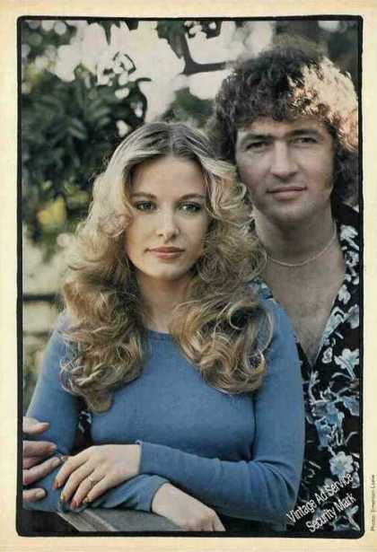 Mac Davis & Wife Sarah Collectible Print Feature (1975)