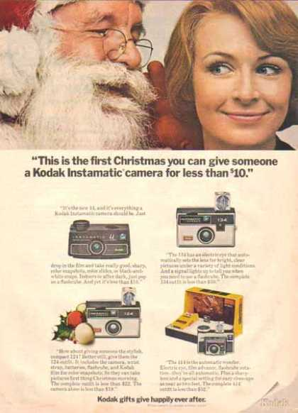 Kodak Instamatic Cameras Christmas – Santa Claus – Sold (1969)