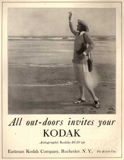 Kodak&#8217;s Autographic cameras &#8211; All out-doors invites your Kodak (1922)