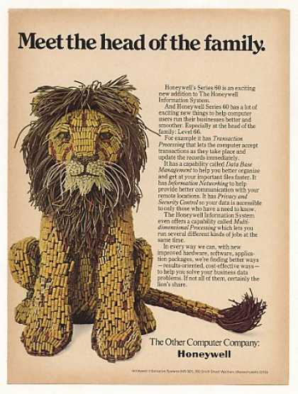 Honeywell Series 60 Computer Parts Lion (1974)