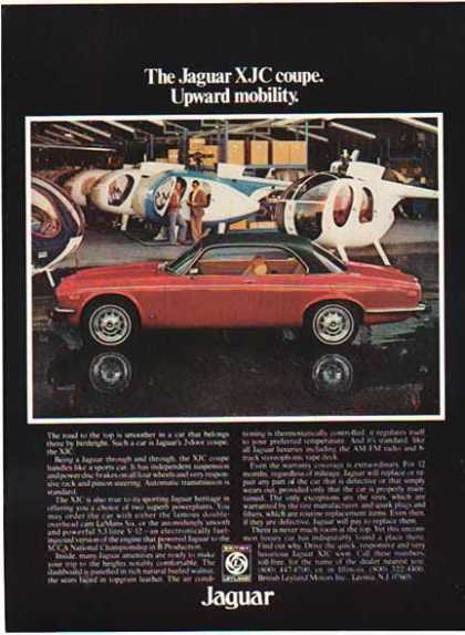 Jaguar Car – White XJ Sedan / British Leyland (1977)
