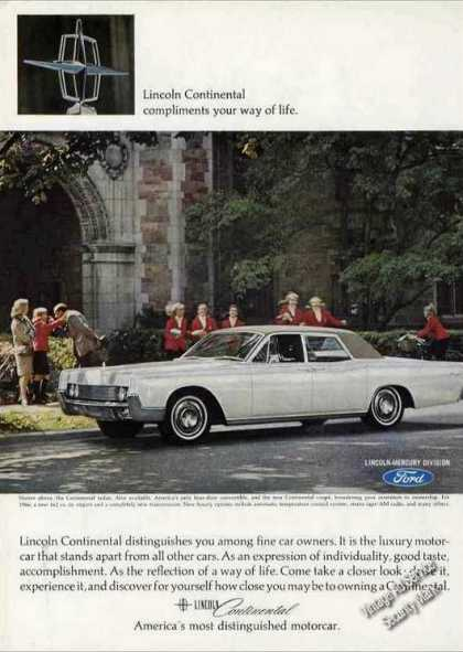 Lincoln Continental Collectible Car (1966)