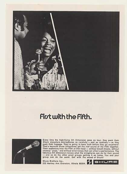 The 5th Dimension Shure Microphone Photo (1971)