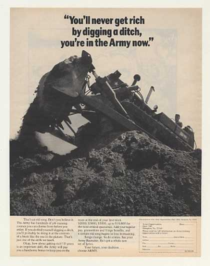Ditch Digging US Army Recruiting Photo (1970)