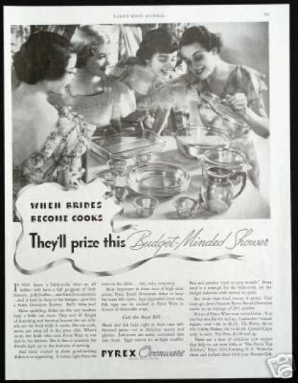 Pyrex Ovenware Glass Brides Vintage Photo (1935)