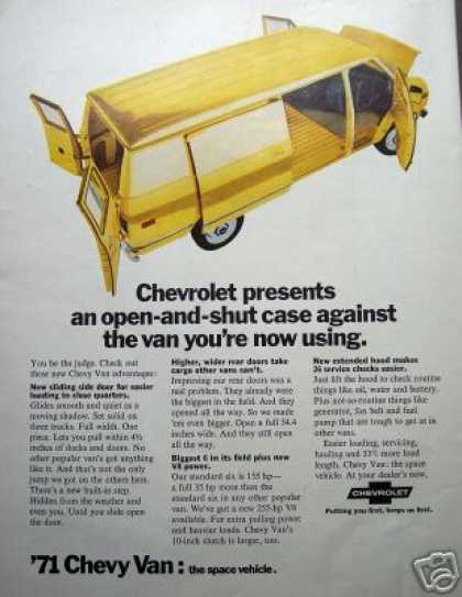 Original Ad '71 Chevy Van Chevrolet Space Vehicle (1970)
