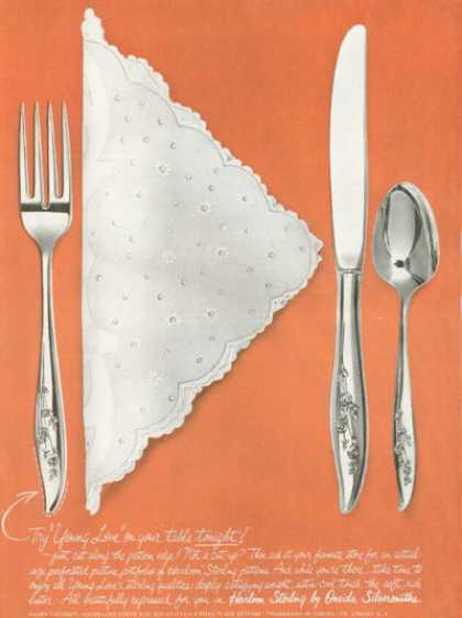 Oneida Sterling Sliver Heirloom Pattern Photo (1961)