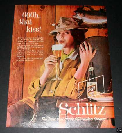 Schlitz Beer, That Kiss! Exc (1961)