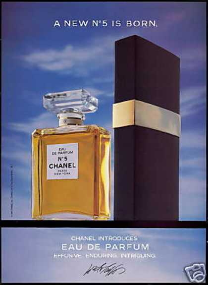 Chanel No 5 Perfume Bottle Spray Photo (1987)