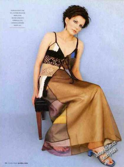 Martina Mcbride Seated Fashion (2000)