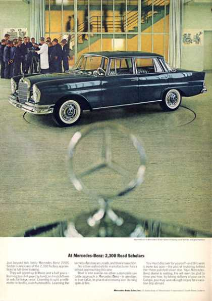 Mercedes Benz 220-s at the Factory (1963)
