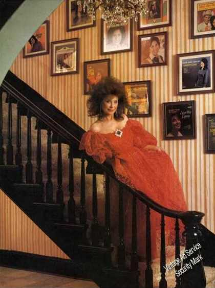 Loretta Lynn Magazine Photo (1988)
