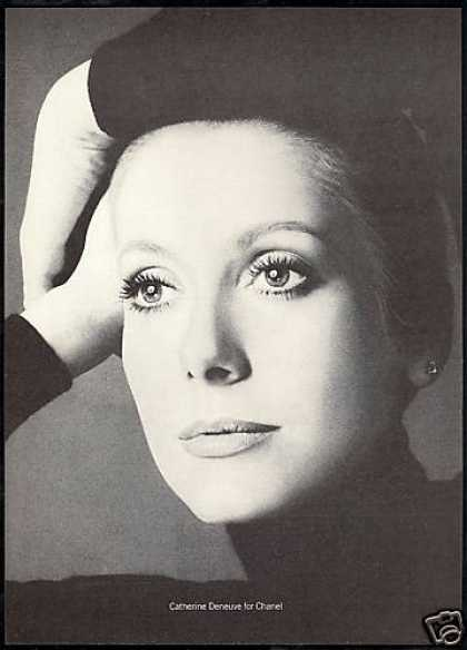 Catherine Deneuve Chanel No 5 Perfume 2 Page (1973)