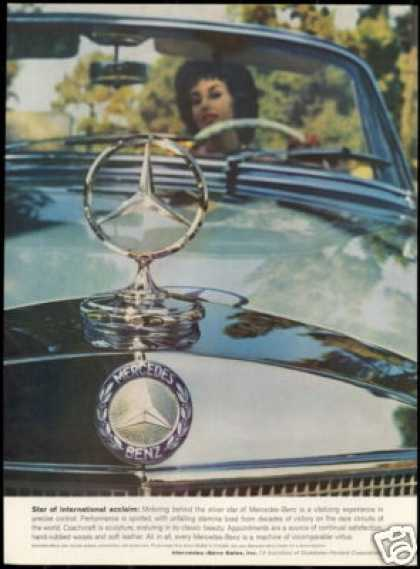 Mercedes Benz Convertible Pretty Woman Photo (1959)
