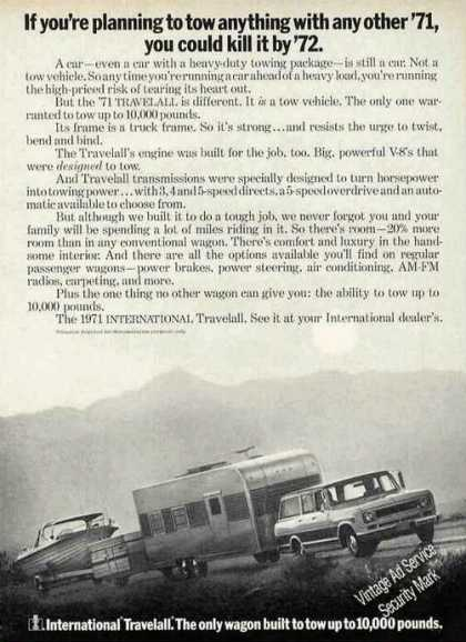 International Travelall Best for Towing Photo (1971)
