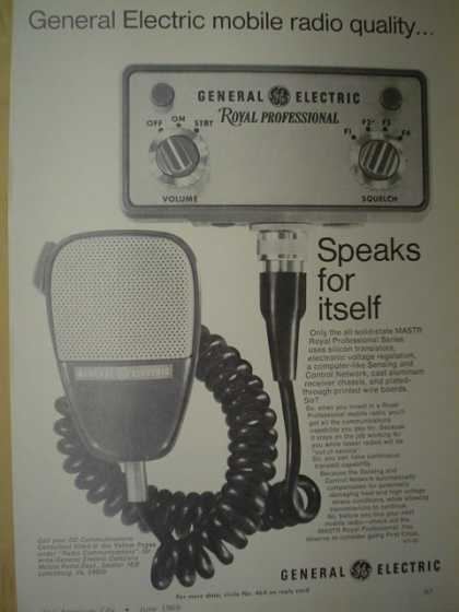 General Electric mobile radio Royal professional police fire radio (1969)