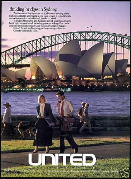 United Airlines Sydney Australia Walkabout (1988)