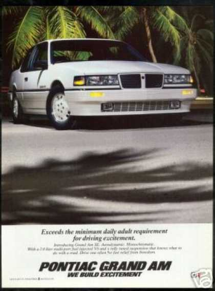 Pontiac Grand Am SE Vintage Photo (1986)