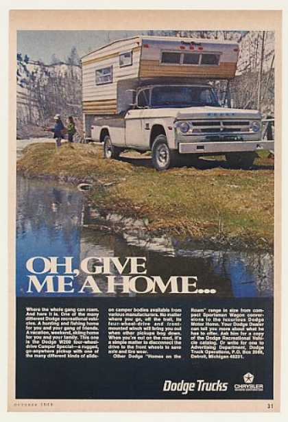 Dodge W200 Camper Special Pickup Truck Photo (1969)