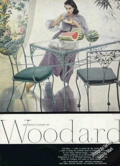 Woodard Wrought Iron Orleans Design Table/chair (1957)