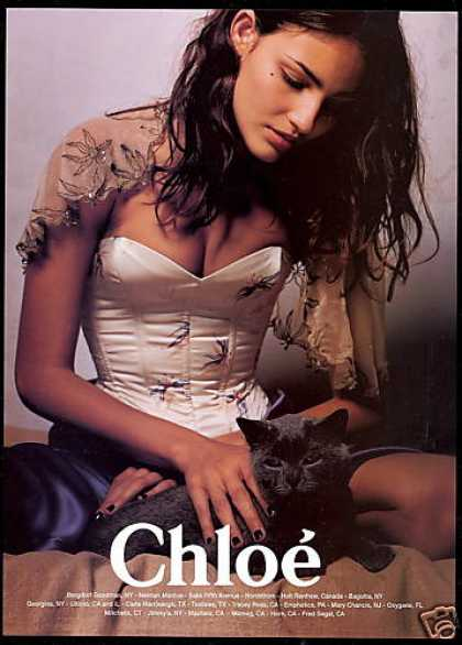 Chloe Fashion Pretty Woman Black Cat Photo (1999)
