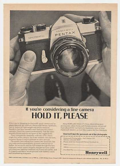 Honeywell Pentax Spotmatic Camera Photo (1968)