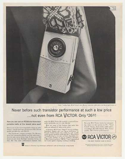 RCA Victor Havana Transistor Radio Photo (1960)