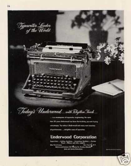 Underwood Typewriter (1947)