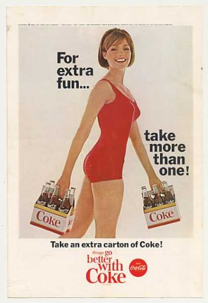 &#8217;65 Coke Coca-Cola Bottle Carton Swimsuit Girl Photo (1965)