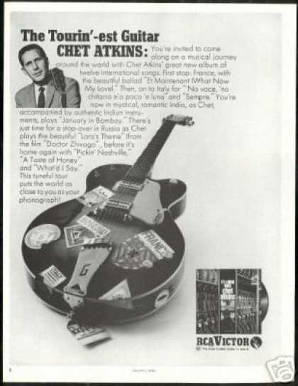 Chet Atkins Guitar Photo RCA Record Vintage (1967)