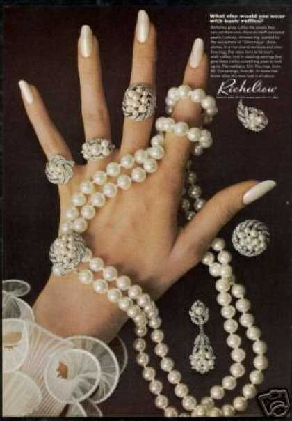 Richelieu Simulated Jewels Jewelry Photo (1968)