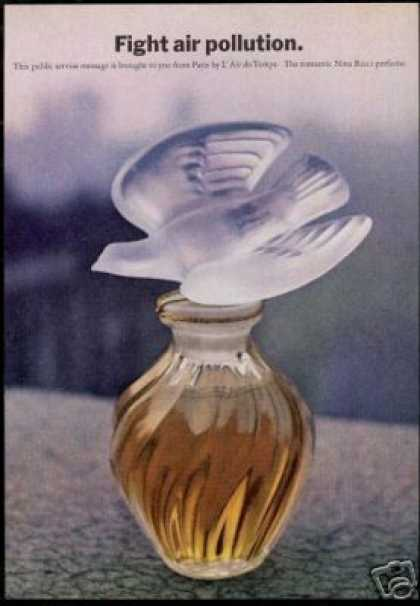 Nina Ricci Perfume L'Air Du Temps Photo (1970)