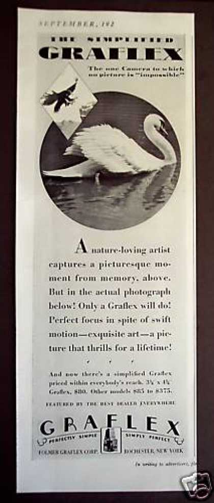 Graflex Camera Swan Photo (1929)