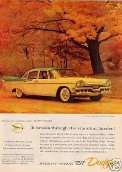 Dodge Swept-wing Custom Royal 4-door Sedan (1957)