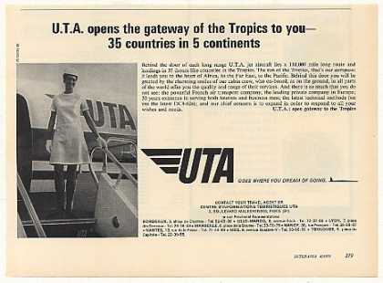 UTA Airlines Jet Aircraft Stewardess Photo (1971)