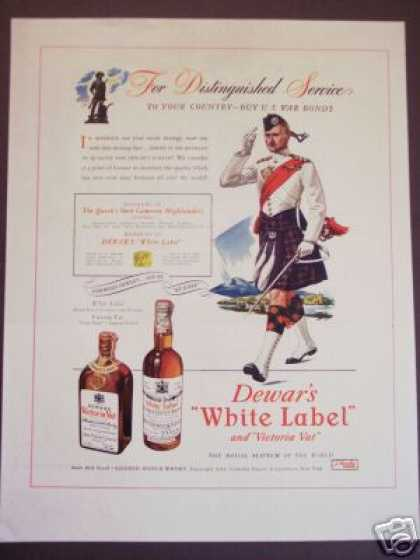 Dewars Scotch Whisky Highlander (1943)