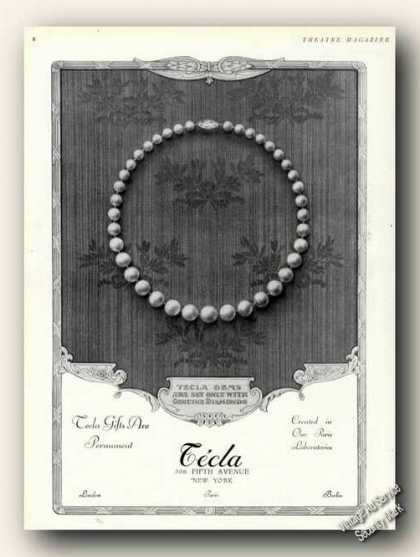 Tecla Gifts Are Permanent Pearls Photo (1928)