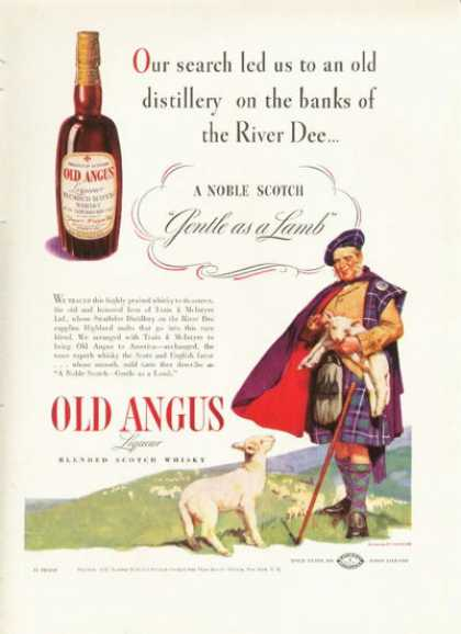 Old Angus Scotch Whisky Bottle Scottish Kilt (1938)