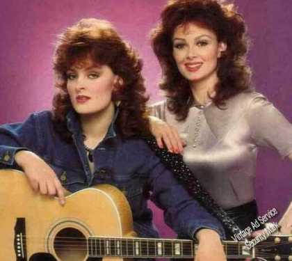 Naomi & Wynonna Judd Photo Color Magazine Feature (1984)