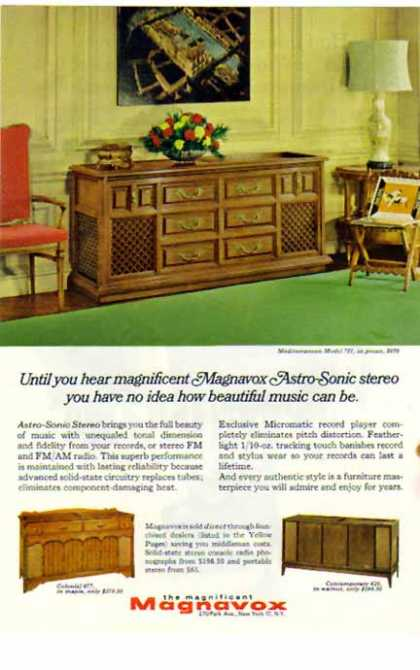 Magnavox TV &#8211; Astro-Sonic Stereo Console &#8211; Sold (1966)