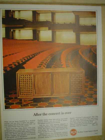 RCA Victor stereo. After the concert is over. (1964)
