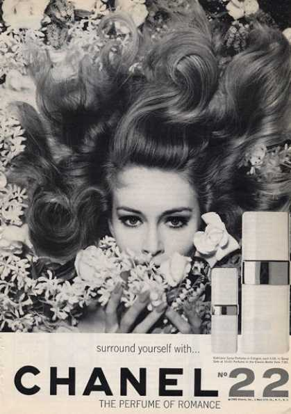 Channel No.22 Lady Flowers Perfume 60's (1965)