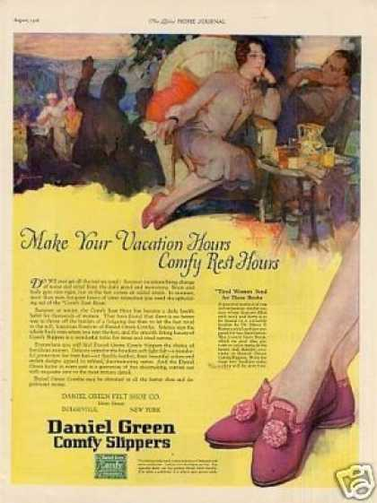 Daniel Green Slippers Color (1926)
