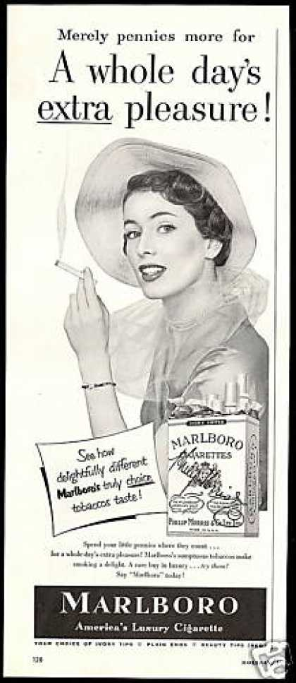 Marlboro Cigarettes Pretty Woman Photo (1950)