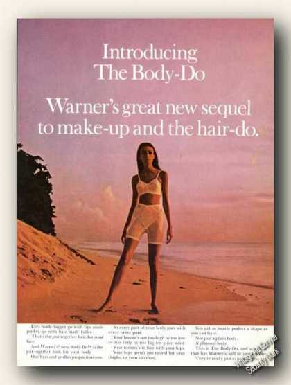 Warner's Body-do Bra & Girdle Beach Fashion (1967)