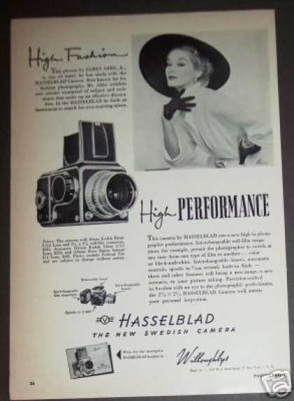 Hasselblad Film Camera Photo (1952)