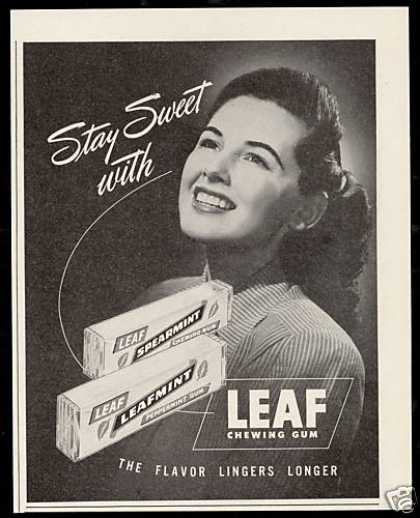 Leaf Chewing Gum Pretty Woman Photo Vintage (1947)