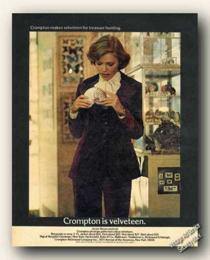 Crompton Is Velveteen Photo Fashion (1973)